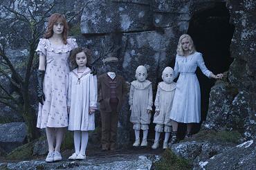 Sirotčinec slečny Peregrinové: Hororová trilogie, kterou přečtete jedním dechem